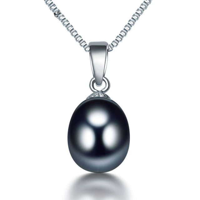 Natural Pearl Pendant Necklace