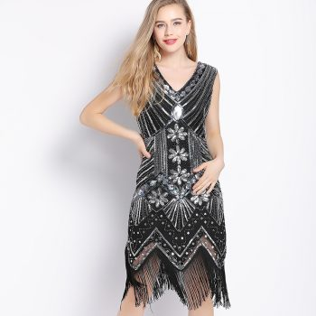 vintage flapper dress in silver and black